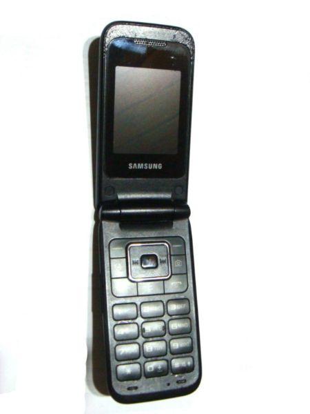 Celular Samsung Gt  Con Tapita A Reparar Repuestos Usado