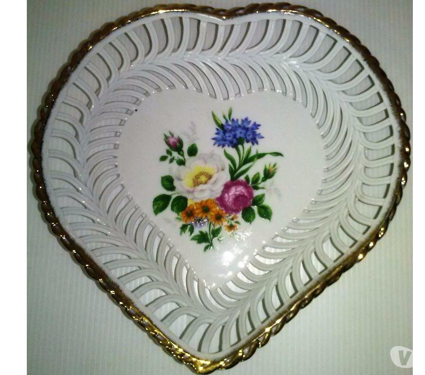 Centro de mesa porcelana, forma corazón Cluj-Napoca Romania