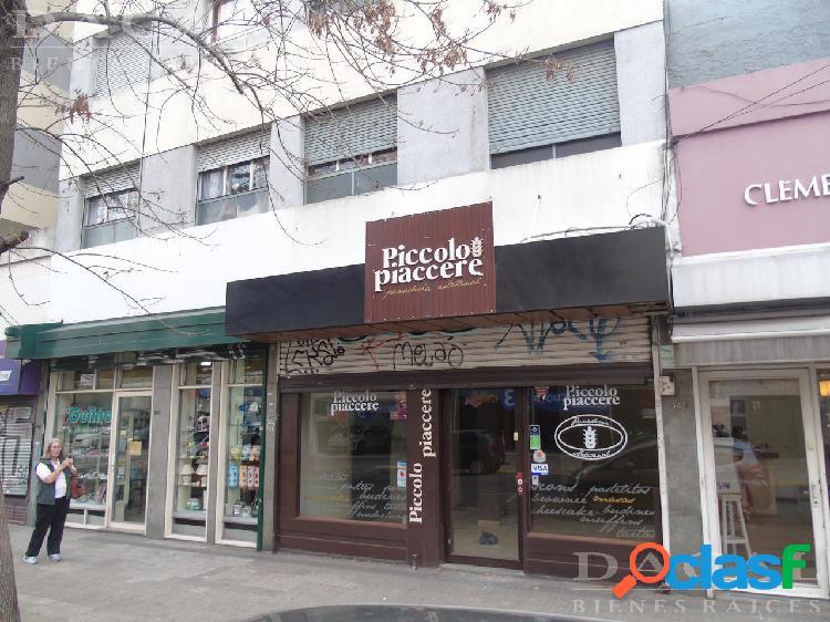 Local en alquiler en La Plata Calle 41 E/ 6 Y 7