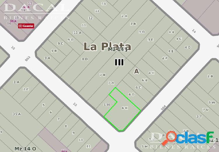 Terreno en venta en City Bell Calle 15 esq 504