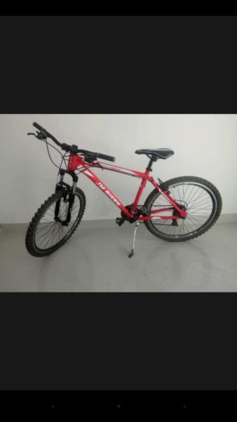 Vendo bicicleta excelente estado.