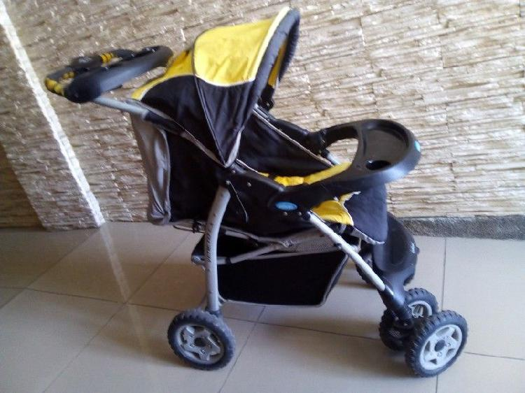 cochecito paseo bebe Infanti cómodo amplio y fuerte