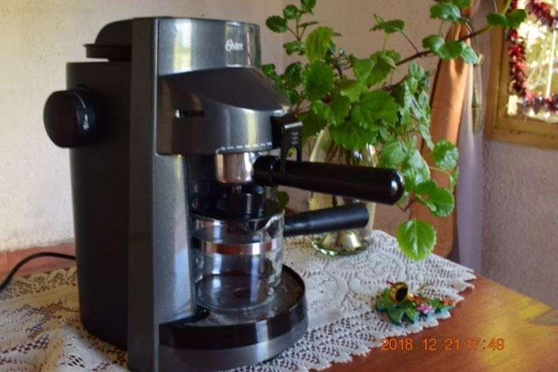 Cafetera Expreso Capucchino Oster Mod