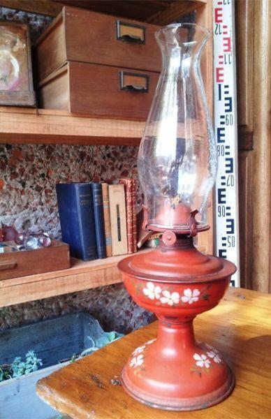 Lámpara De Aceite Con Flores Pintadas A Mano