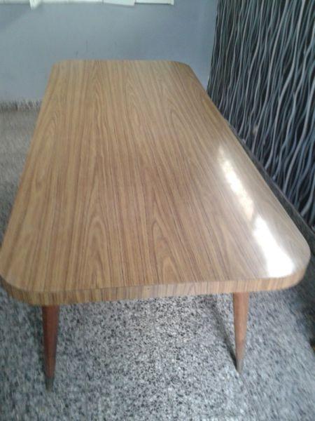 Mesa para cocina o comedor de formica