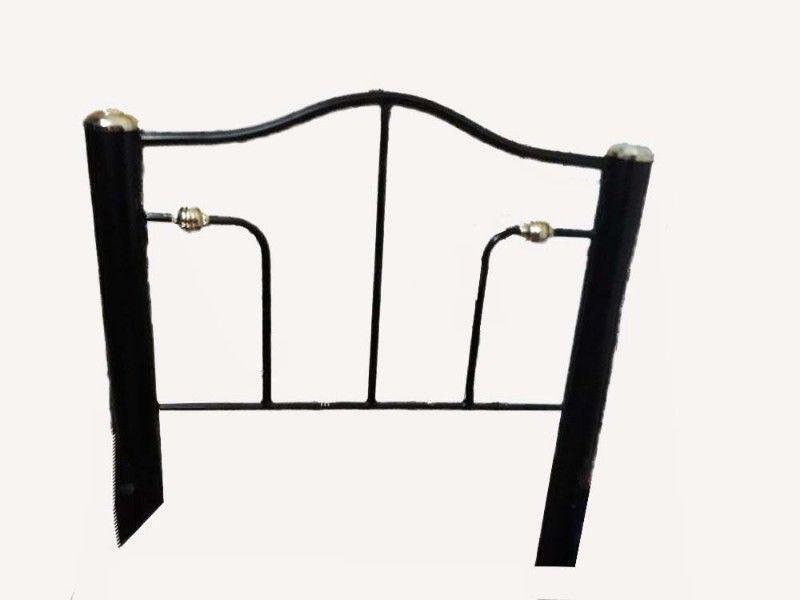 cama en hierro con su catre de madera 80x1.90