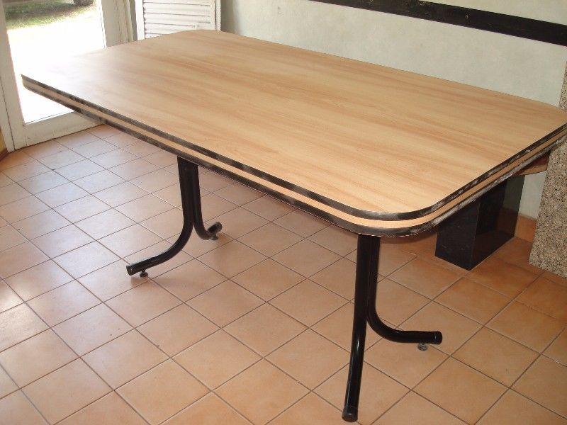 mesa de 080 x 120 base caño