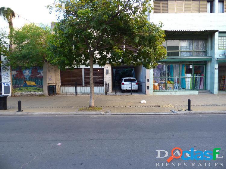 Casa en venta en La Plata Calle 12 E/ 63 y 64