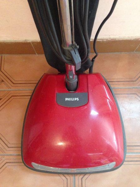 Lustra Aspiradora Philips, Muy buen estado!!