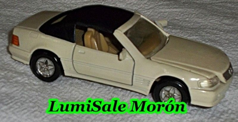 Auto a escala 1/32 Mercedes Benz 560 SEC , MODELO DE