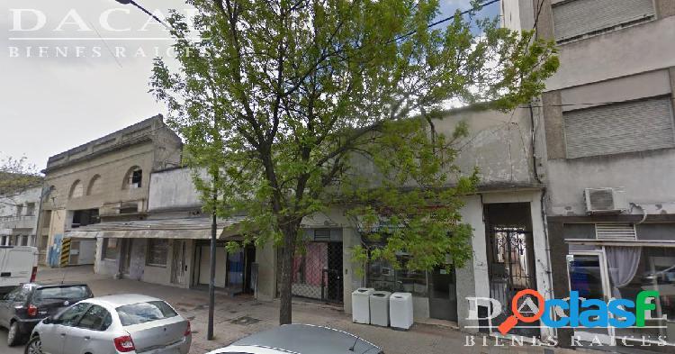 Galpón en Alquiler en La Plata Calle 42 e/ 1 y 2