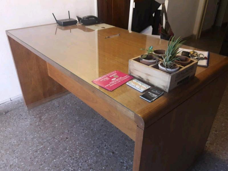 Vendo escritorio de roble