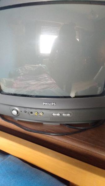 """Vendo televisor Philips 14"""" usado en buen estado!!!"""