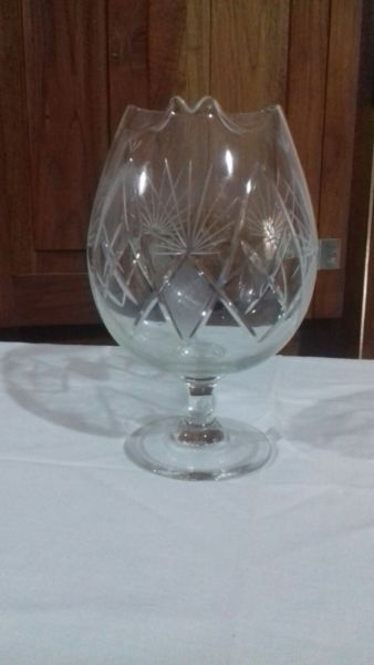 Copon de cristal tallado.