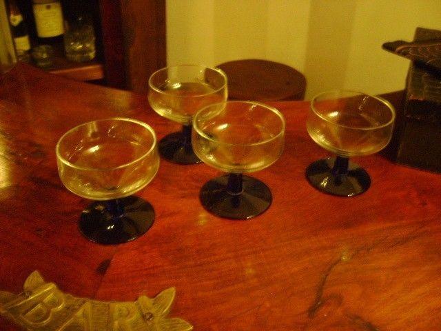 Juego De 4 Antiguas Copas De Cristal Cocktail O Aperitivo