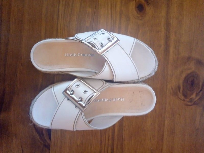 Sandalias Hush Puppies talle 35