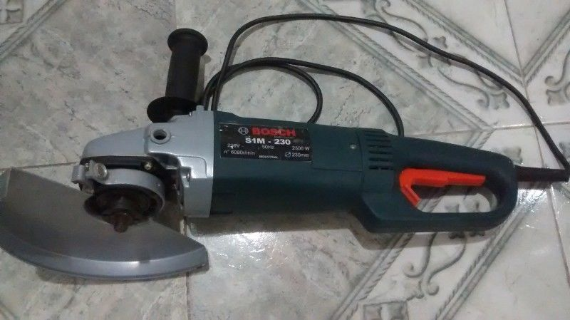 Amoladora Bosch 9 Pulgadas