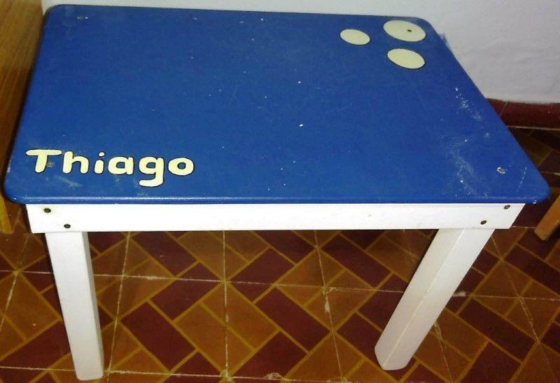 Liquido ya !! Juego Mesita con 2 sillas y Baul sillon