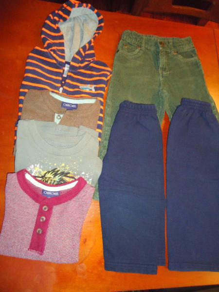 Pantalones, remeras y camperita. Todo de marca,7 prendas