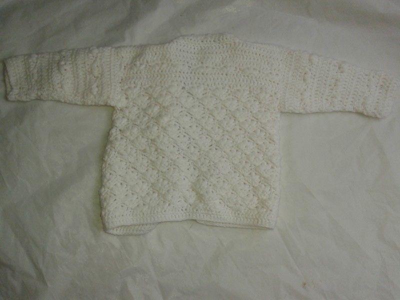 Saquito Tejido Artesanal Crochet Abanico Lana Blanca1-2