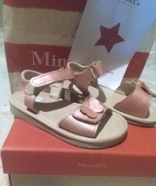 Vendo zapatos de nena