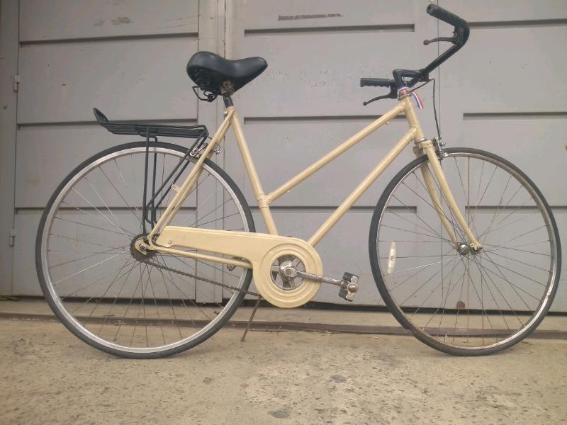 Bicicleta de paseo rodado 28 marca magnun