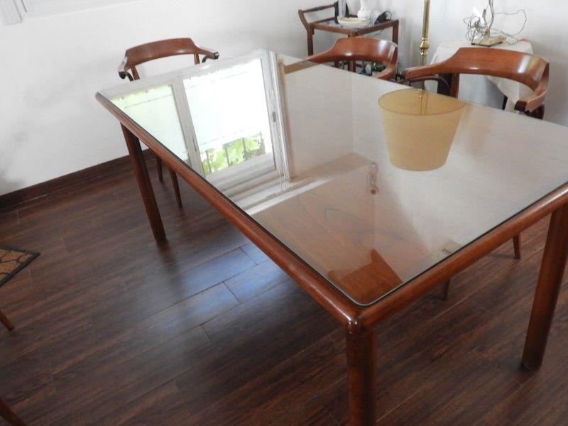 juego mesa de comedor y sillas con apoya brazos