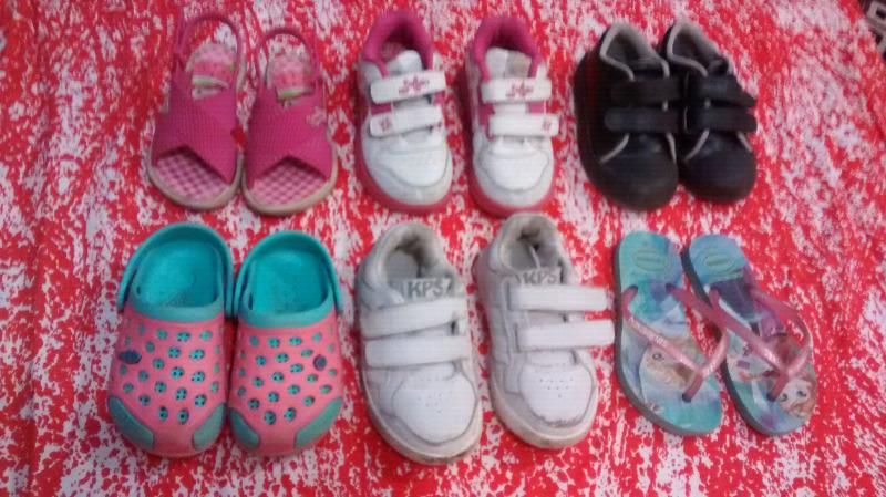 Lote de calzado nena talle 25