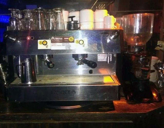 CAFETERA INDUSTRIAL CON MOLINO