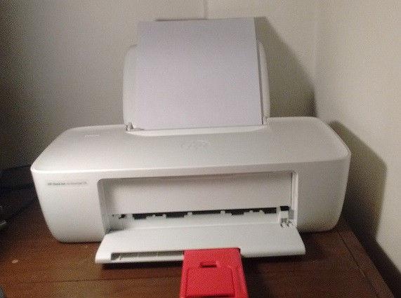 Impresora HP  color. Nueva 2 meses de uso