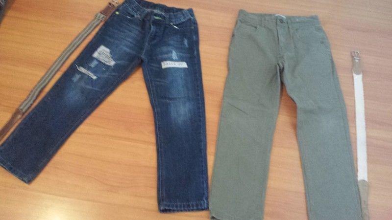 Vendo jeans niño talle 10 con cintos nuevos!!!