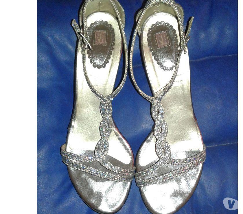 vendo zapato de fiesta y vestido de 15