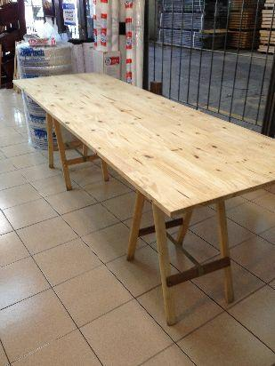mesa de madera con 2 caballetes (80 cm x 2.45) imbatible!!!
