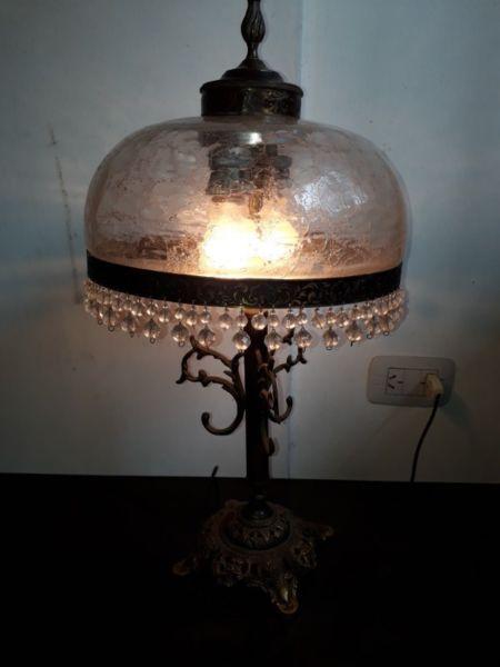 Lámpara vidrio y bronce