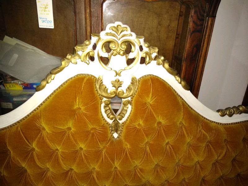 Vendo juego de dormitorio Luis XV