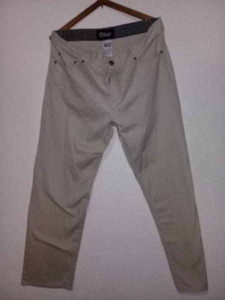 Pantalón gabardina hombre talle 46