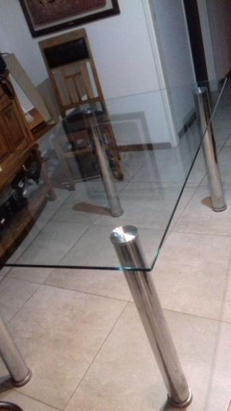 Mesa de vidrio para 6 personas