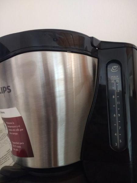 Vendo Cafetera de filtro Philips. NUEVA