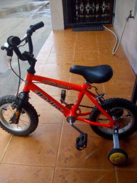 Beccar se vende bicicleta de niño rodado 12 a $ su