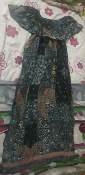 Vendo vestido de fibrana largo, nuevo talle 2 y 3