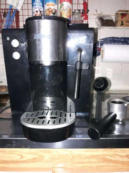 Cafetera Atma vendo