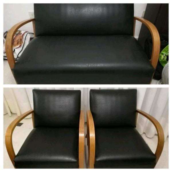 Juego de sillones de cuero y madera