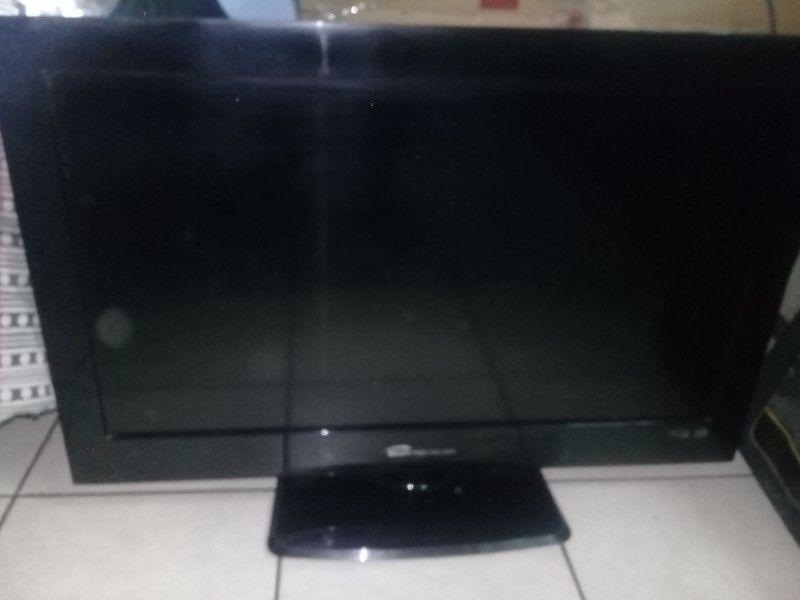 """LCD BGH 32"""" USADO Y ANDANDO VENDO URGENTE"""