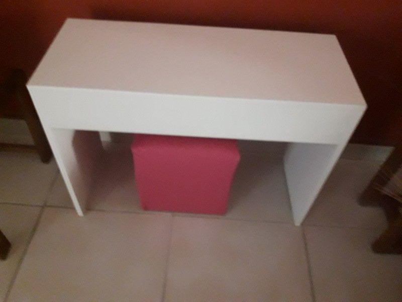 Vendo escritorio para nena