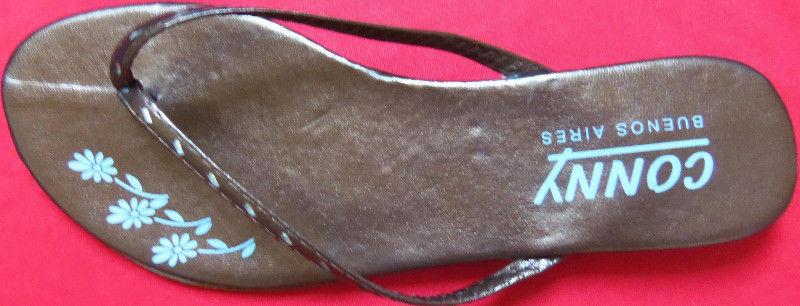 sandalias chatitas color bronce número 39