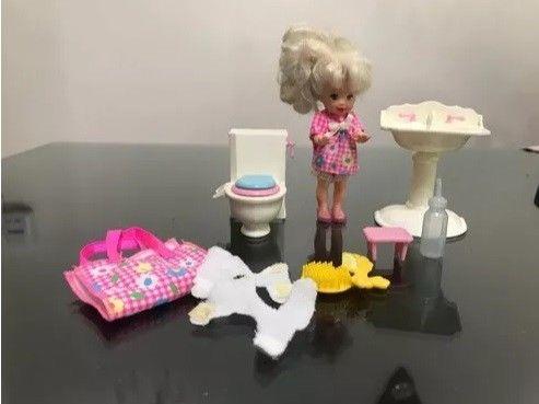 Kelly Con Baño Y Accesorios. Original Mattel, De Los 90s