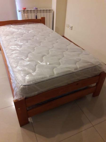 Cama 1 1/2 plaza con carro cama + colchón
