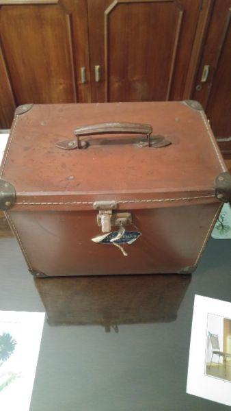 Caja antigua años 30 de la licuadora NUTRIMAS