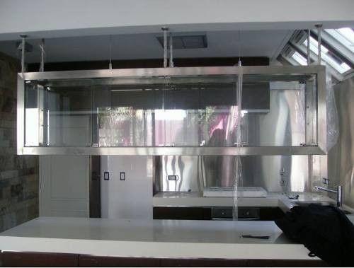 alacenas colgante de acero inoxidable y vidrio