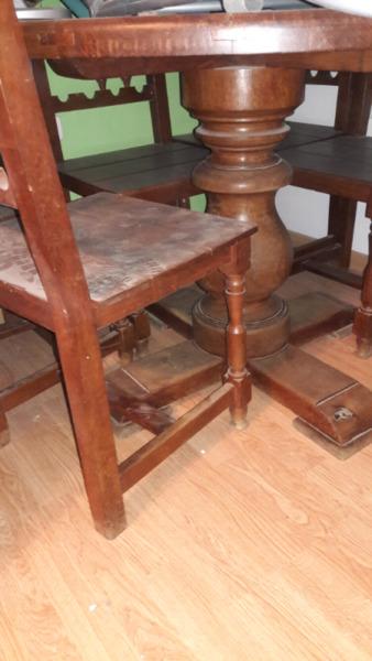 Vendo juego de mesa y sillas c detalles